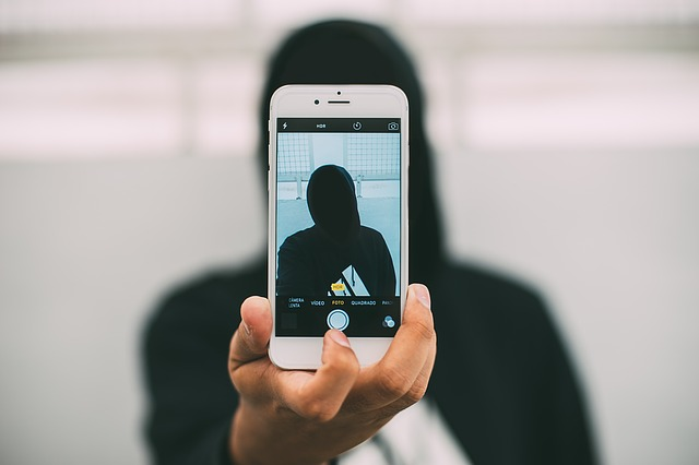 Selfies: Beneficial for Clinical Care?