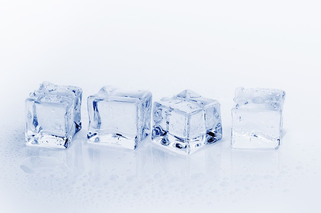 Ice On Injuries: Research Disagrees