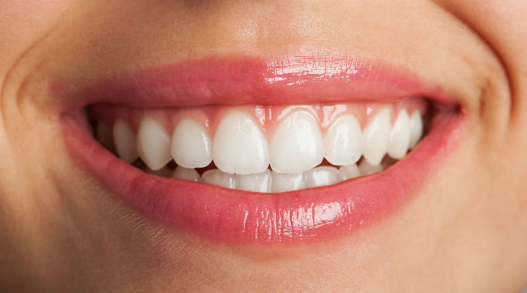 What is Cosmetic dentistry? How it helps and its types